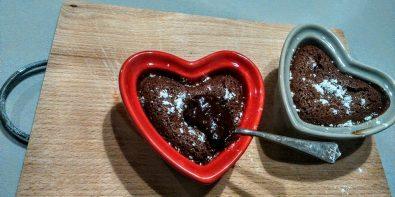 Ekspresowe ciasto czekoladowe w wersji light i krówkowe dla łasuchów